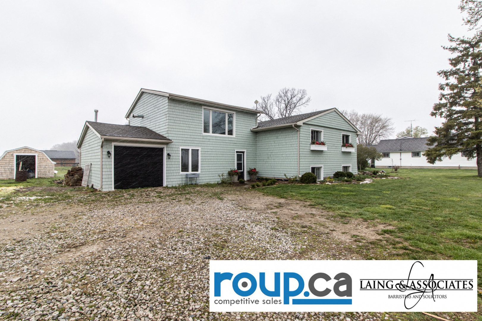 Beautiful 10 Acre Farm newly renovated in Kingsville Ontario