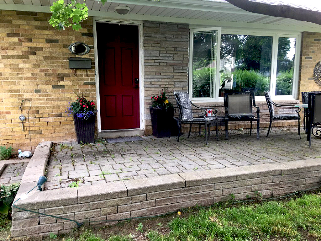 3-Bedroom Bungalow With Double Car Garage - Acton ON